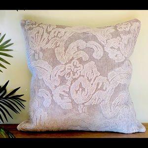 COPY - Pillow cover PotteryBarn